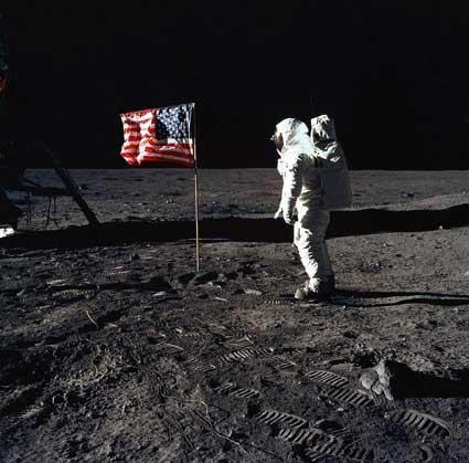 Virtual Reality: Apollo 11